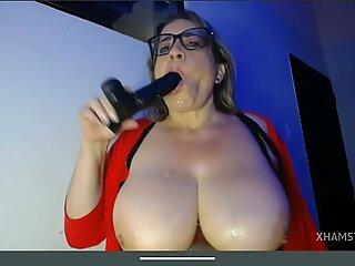 Granny massive tits play whit dildo