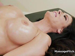 Former big tit MILF teacher shows up for massage