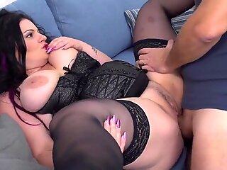 Big mom gets hard fuck from wild daddy