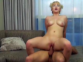 Guy fucks a hot mom in anal