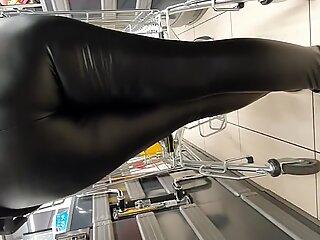 Milf w leather leggings fat ass!