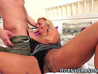 Granny slut gets facial