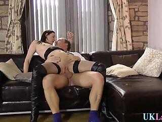 Spermy mouthed brit sucks